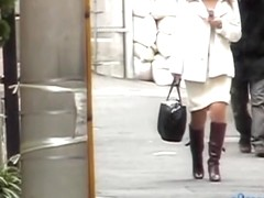 Asian in a hurry texting her sexy man got skirt sharked
