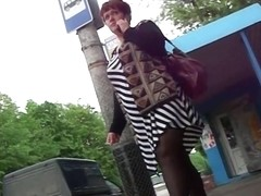 I recorded beautiful MILFs in public transport on my cam