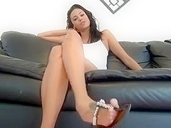 Do u like those gorgeous feet