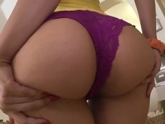 Hot ass latina Eva teases and seduces blodne stud