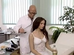 hot girl fucks the doctor