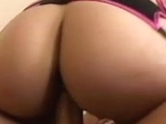 Favourable boyfrend receives to gangbang two babes