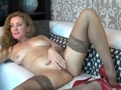 sex_squirter intimate movie 07/09/15 on 12:33 from MyFreecams