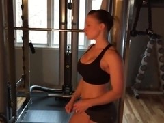 FIT blonde gets it in the gym