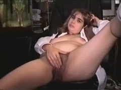 Wife stretches her hairy twat