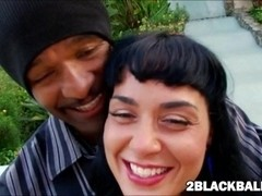 Hawaiian beauty Mahina Zaltana fucks her first massive black dick