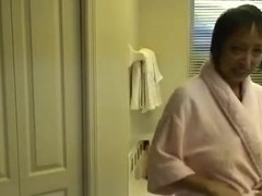 Lewd Oriental Granny Copulates her Vagina in the Hawt Tube