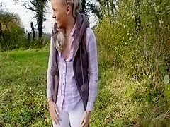 Gal golden-haired gal takes ball sperm pie outdoor