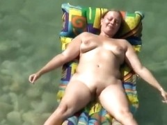 Attention whore milf on the beach