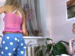 Pantyhose1 Movie: Paulina A and Nora