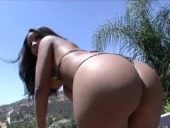 Elena Heiress fucks with a handsome white boy