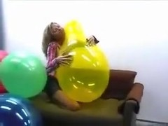 Huge 24 balloons getting popped