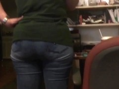 WIFEY ASS IN TIGHT JEANS