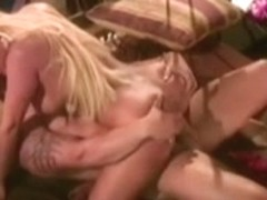 Jill Kelly vs Julian