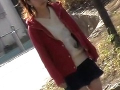 Kinky sharking video of a cute gal recorded in Japan
