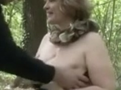 blond dilettante big beautiful woman mother i'd like to fuck outdoors