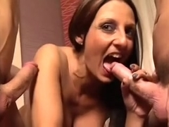 Sexy Italian MILF Gets DP