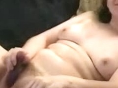 She dildoing her pussy while getting cock in her mouth