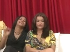 CFNM 8 FLASHING Masturbation for three Gals - NV