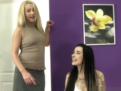 Kirsten Plant and Zuzana Zed in HD Pissing Video Pee Classes