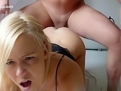 Drilling her constricted butt in the bedroom