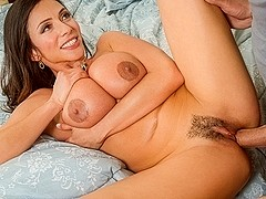 Ariella Ferrera & Xander Corvus in Seduced by a Cougar