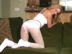 Prinzzess Wants You To Jerk Load After Load