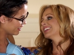 Horny pornstars Rahyndee James, Blair Summers in Fabulous Lesbian, Fingering sex scene