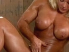British muscle goddess rubs her pussy and big clit