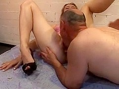 SUCK MATURE MEN GROUP SEX
