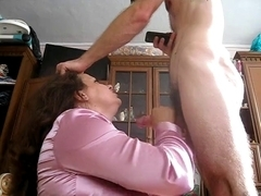 My hot Arab mother i'd like to fuck lady flashing her shaved snapper on self made episode