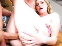 Britney Light & Sean Lawless in NeighborAffair