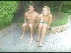 Blonde tranny & guy do handjob for each other