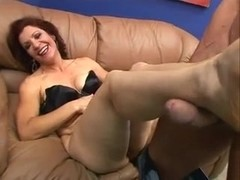 Sexy Granny Violet Jones Gets Fucked With A Facial