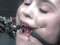 Samantha Sin & Charlotte Vale in Face to Face (Live, Part 1) - DeviceBondage