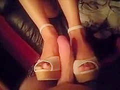 Asian Shoejob & Footjob